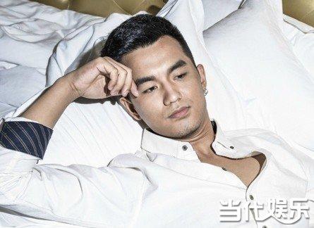 中国男神荣耀开启 于庑悴藿趋攘ν