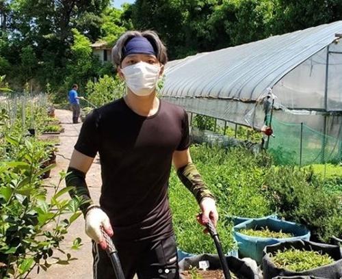金在中3周前回韩国 结束隔离后做农村志愿活动