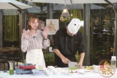 《欠你一顿饭》陈欢继续探店 寻味京城最火爆麻小