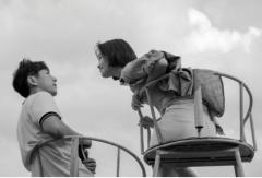顾长卫新片《飞火流星》现场照曝光,白客蓝盈莹演绎19岁青春