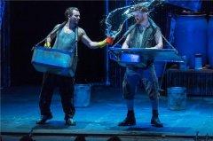 英国原创舞台秀《STOMP破铜烂铁》颠覆你对舞台全部想象