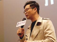 """2019开年""""最爽"""",演员王迅携电影《""""大""""人物》 现身苏宁影城"""