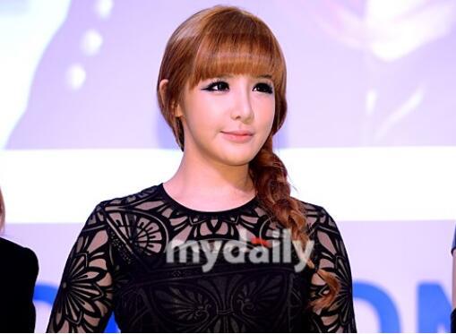 韩国女团2NE1原成员朴春将于今年3月推出新曲