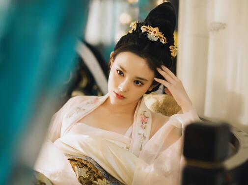 彭小苒《东宫》再度开虐 记忆复苏迎来剧情新高潮