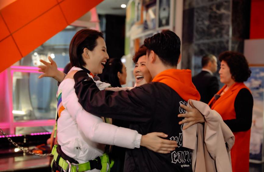 张晋为《我最爱的女人们》拍摄制作首支vlog 专业技能震惊网友